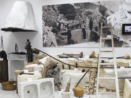 Centro de interpretacion del marmol macael for Como se fabrica el marmol