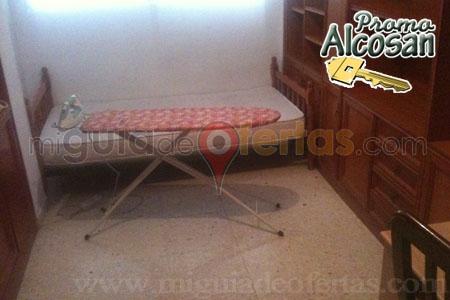 Alquila habitaci n para estudiantes en almeria calle for Pisos estudiantes almeria