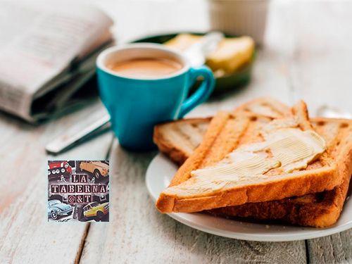 Desayuno completo con la mejor compañía por sólo 2€, en La Taberna A & T, bares en Albox