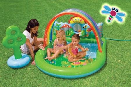 Piscina con centro de juegos para el disfrute de tus hijos por 18€ en Juguetes Fantasía de Huercal Overa