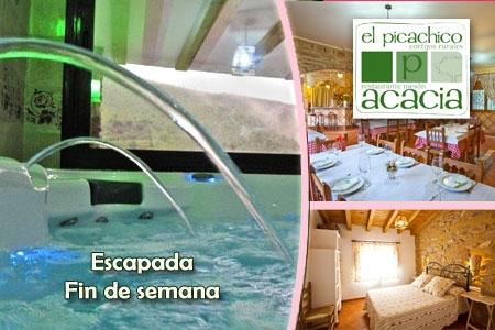 Dos noches en Casa Picachico o la Casa al Revés con jacuzzi privado más cena y desayuno para dos personas por 156€