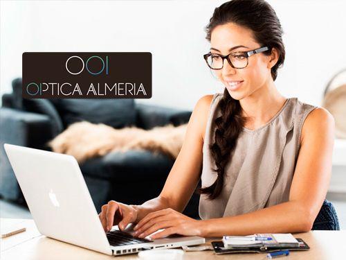 Protege tu vista de la luz azul de las pantallas desde  sólo 89 Euros en Óptica Almería,ópticas en Albox y Huércal-Overa