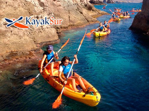 Paseo en Kayak por Cabo de Gata, Snorkell y Reportaje Fotográfico + Regalo Bañador Caballero LAPITTA