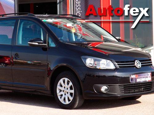 No podrás resistirte! Volkswagen Touran por 15.500 Euros en Autofex