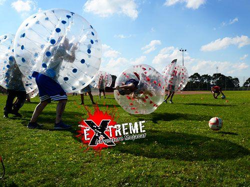 Juega al Futbol Burbuja y vive una experiencia diferente, por 18€. Extreme Adventure Mojácar, actividades en Mojácar