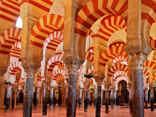 Walking Tour: Mezquita + Judería de Córdoba por 30 Euros.