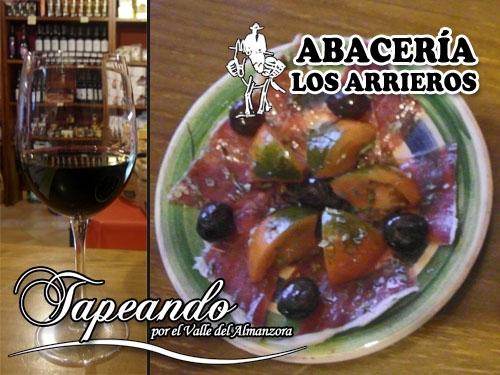 Tapeando en Abacería Los Arrieros de Serón: Jamón gran reserva de Serón con tomate raf de Almería y copa de vino Dídacus