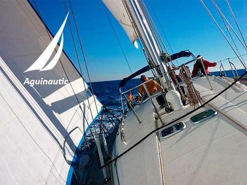 Perfecciona la Navegación por la Costa de Cabo de Gata y conoce calas inimaginables. Aguinautic