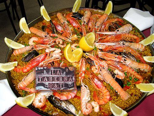 Paella de Marisco por encargo para 4 personas por 39€, en La Taberna A & T, bares en Albox