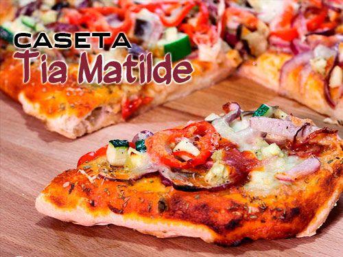 2 +1 Pizzas grandes con 4 Bebidas por 19€. Caseta Tia Matilde, restaurantes en Cela